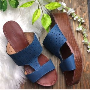 Lucky Brand 9.5 Sandals wedge blue brown boho
